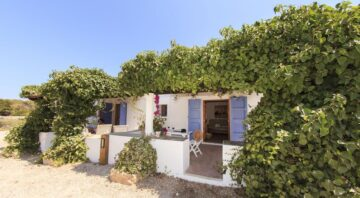 Cas Saliners – Can Armat by Formentera Mar
